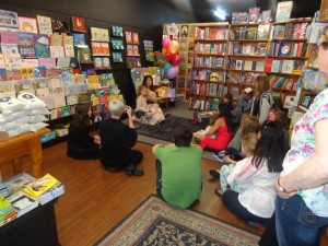 Bronny and her captivated audience during the reading of 'My Super Single Dad'